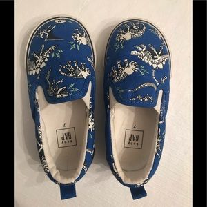 Toddler Slip On Shoes - size 7